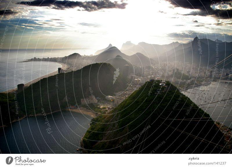 Cidade Maravilhosa Rio de Janeiro Brasilien Dämmerung Sonnenuntergang Südamerika schön Corcovado-Botafogo Bucht Meer Küste Hafenstadt Gegenlicht Sonnenlicht