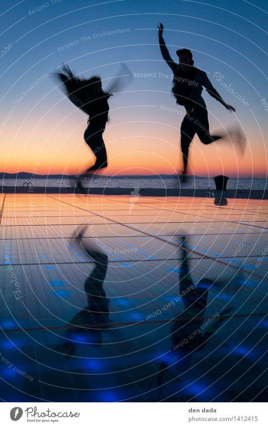 jump jump jump around :) Mensch Ferien & Urlaub & Reisen Meer Freude Leben lustig Spielen Glück lachen außergewöhnlich springen träumen Erfolg Fröhlichkeit
