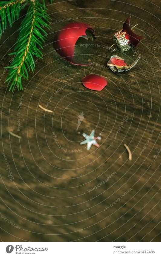 Zerbrechlich Freizeit & Hobby Dekoration & Verzierung Feste & Feiern Weihnachten & Advent Pflanze Baum Holz verblüht braun grün rot Weihnachtsbaum