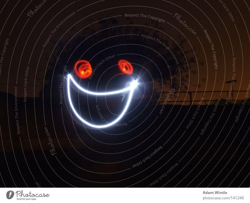 Freude Gesicht dunkel Glück Nachthimmel Lächeln Belichtung