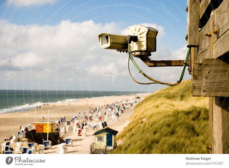 Baywatch 2.0* Ferien & Urlaub & Reisen Meer Sommer Strand Wolken Erholung Gras Sand Küste Horizont Wellen beobachten Schutz Fotokamera Schönes Wetter Nordsee
