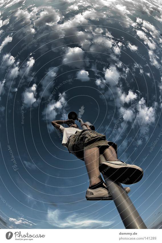 ahoi captain jack Fischauge Laterne Stab Licht Sommer Wolken rund Wölbung Schuhe Hose kurz T-Shirt Physik heiß Brille Blick Kapitän lustig Treffer Parkdeck