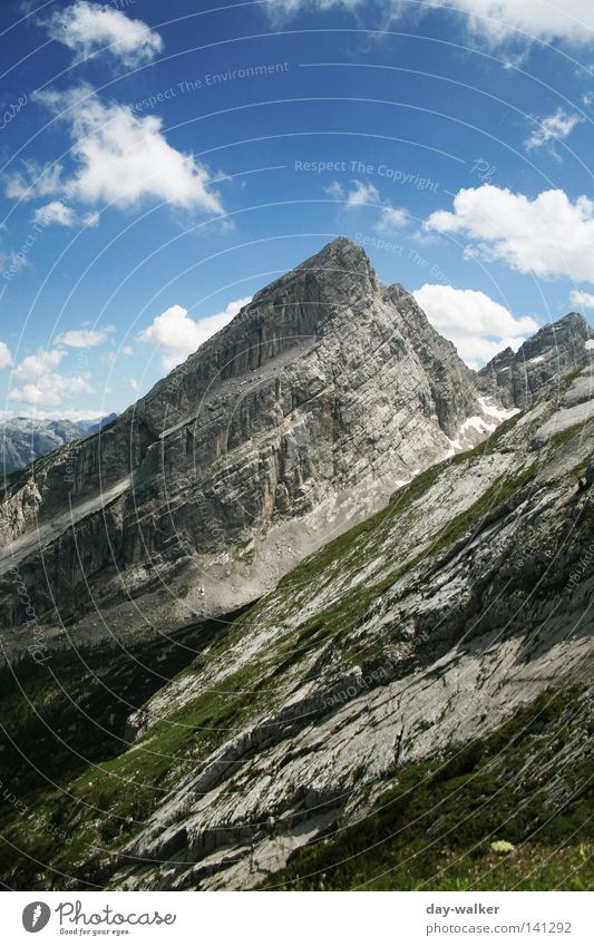 Der Watzmann Gipfel wandern alpin Bayern Wiese Gletscher Wolken Ferien & Urlaub & Reisen Gipfelkreuz Berge u. Gebirge Himmel Alpen hocheck südspitze