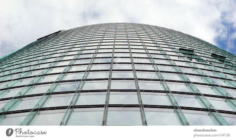 tower_to_the_sky Potsdamer Platz Hochhaus Architektur Bahn Tower Himmel Berlin Glas