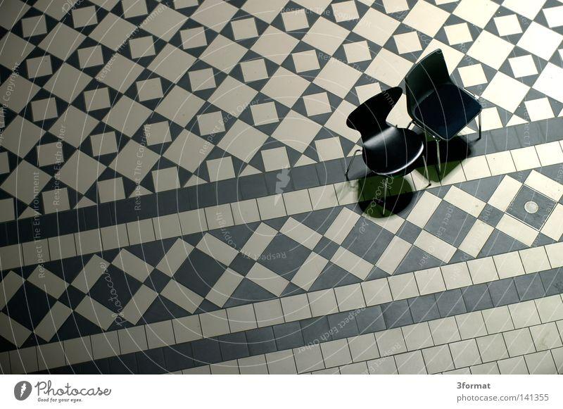 schlecht besucht weiß Einsamkeit schwarz Holz grau hell Linie Freundschaft 2 Zusammensein Raum sitzen warten glänzend Design Platz