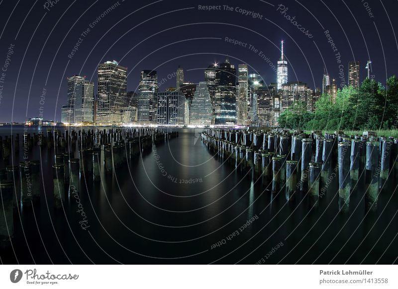 Lichterglanz New York City Tourismus Sightseeing Städtereise Büro Kapitalwirtschaft Umwelt Landschaft Wasser Himmel Flussufer Brooklyn Lower Manhattan USA
