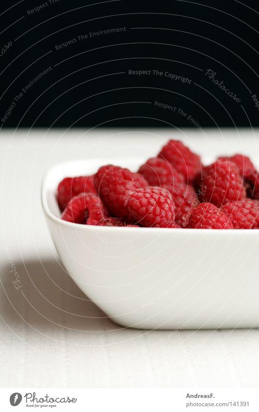 noch mehr Himbeern Himbeeren Fruchtzucker rot frisch saftig Vitamin Ernährung Hintergrundbild Muster süß vitaminreich aromatisch Limonade Erfrischung