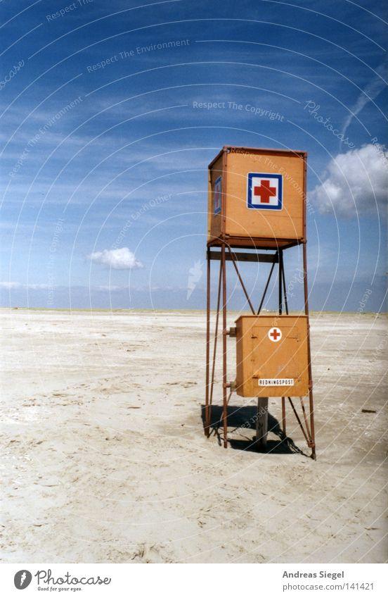 Baywatch 1.0 - außer Betrieb Strand Küste Meer See Ferien & Urlaub & Reisen Dänemark Rømø Sand Rettungsschwimmer Turm Erste Hilfe Himmel blau Wolken orange leer