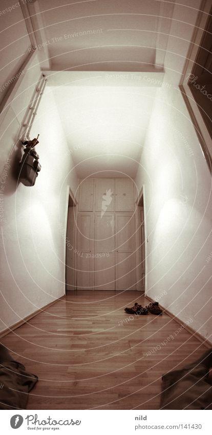 leerraum 2 Mensch weiß Erholung Wand Schuhe hell Raum Wohnung groß Sauberkeit fantastisch Spiegel streichen Flur Flucht
