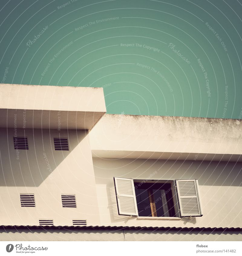 Haus Hotel Unterkunft Ferienhaus Flachdach Wohnung Ferien & Urlaub & Reisen Süden Beton grau Ecke Fassade Wand Putz Nachbar Dach Wohnungssuche Makler Sommer