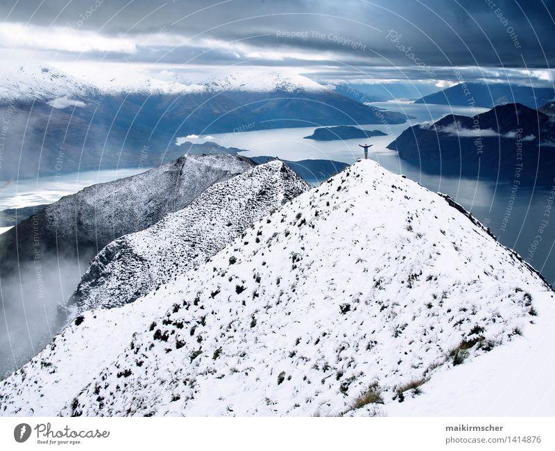 Unendliche Freiheit Himmel Ferien & Urlaub & Reisen Wasser Erholung Landschaft Ferne Winter Berge u. Gebirge Gefühle Schnee Glück See Zufriedenheit Tourismus