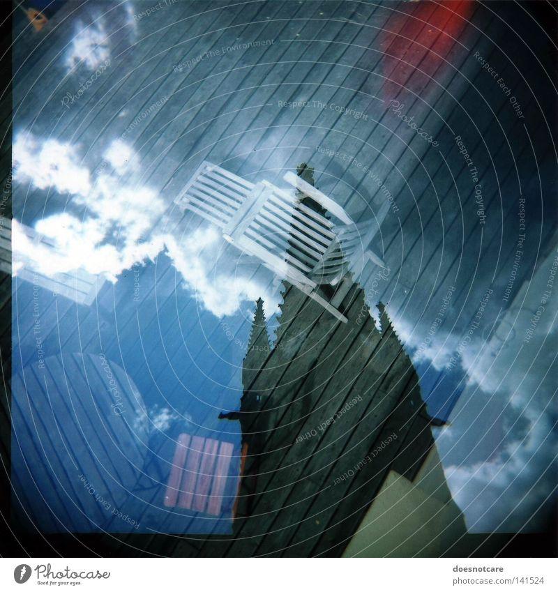 leicacare doesnotgirl. Himmel Wolken Tisch Tourismus Kirche Stuhl Gastronomie analog Holga Café Doppelbelichtung Holzfußboden Mittelformat Gotteshäuser Rom Italien