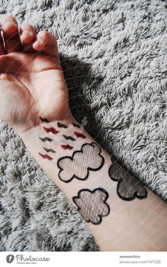 Gewitterwolken Hand Regen Arme Langeweile Teppich bemalt Mensch