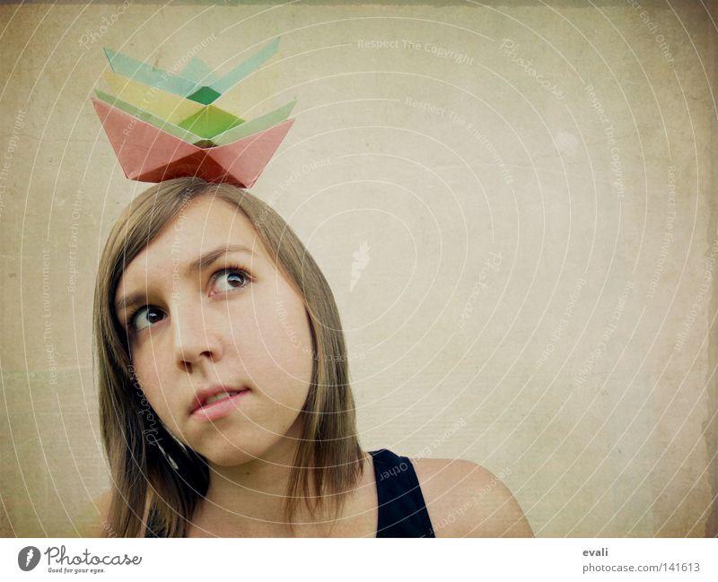 Let's dive into an ocean Porträt Wasserfahrzeug rot grün gelb Denken Frau Gesicht face Origamiboot boat red blau blue Haare & Frisuren hair nachdenken thinking