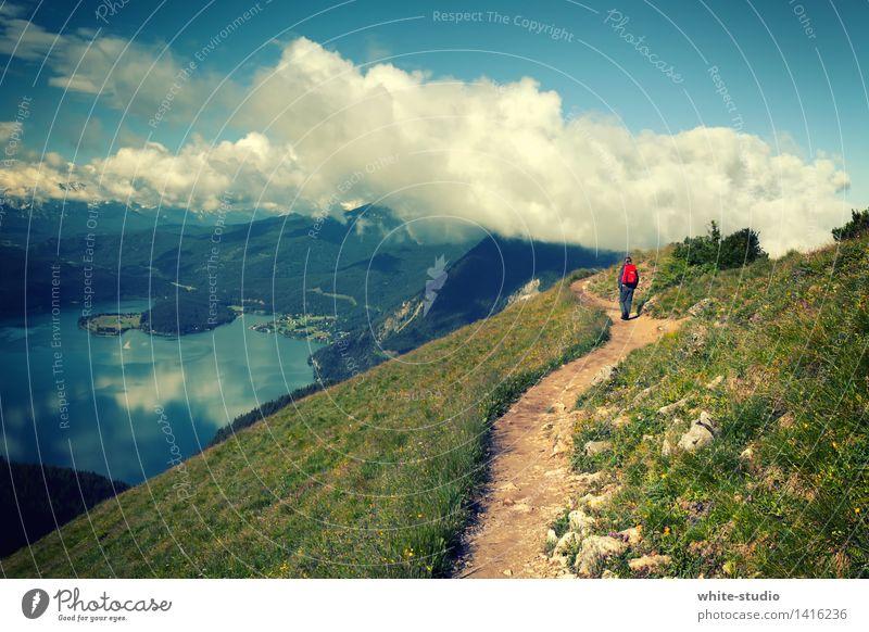Ab in die Wolken! Mensch Frau Himmel Natur Jugendliche Sommer Junge Frau Landschaft Wolken 18-30 Jahre Berge u. Gebirge Erwachsene Umwelt Leben Wiese Wege & Pfade