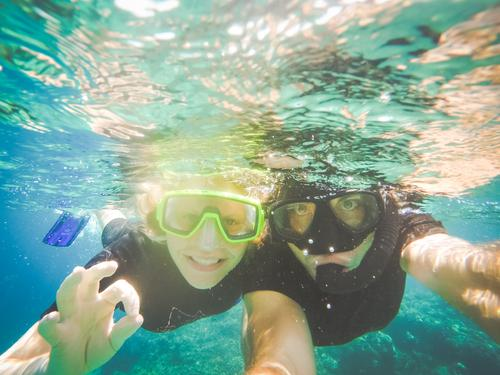 Waterproof Mensch Ferien & Urlaub & Reisen Sommer Wasser Meer Erholung Freude Strand feminin Schwimmen & Baden maskulin Tourismus Freizeit & Hobby Ausflug