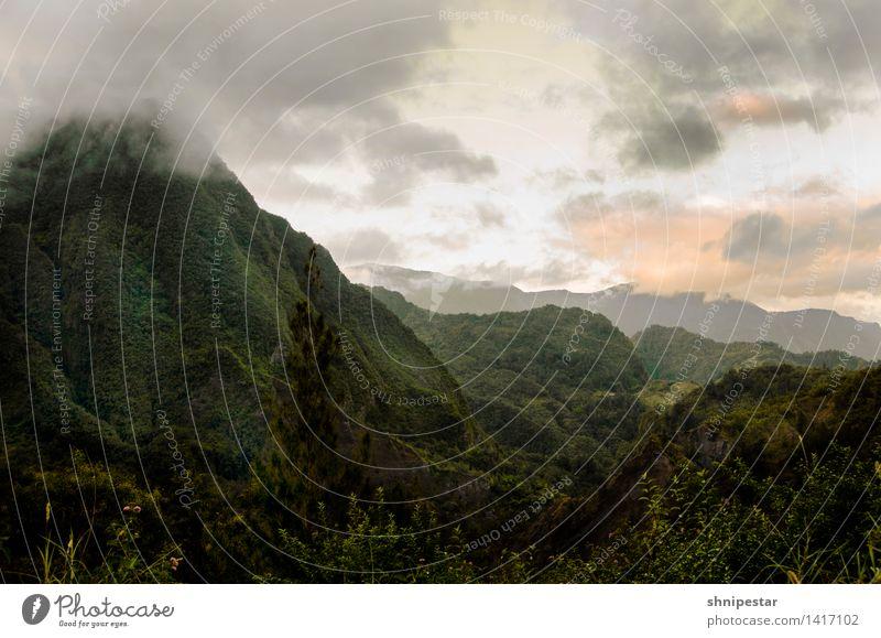 Wanderung im Cirque de Salazie Himmel Natur Ferien & Urlaub & Reisen Pflanze Landschaft Wolken Ferne Wald Berge u. Gebirge Umwelt Regen Wetter Erde wandern