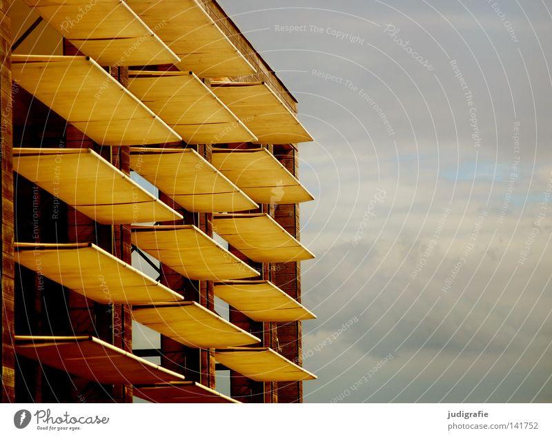Freie Sicht Bauwerk Gebäude Sonnensegel Wetterschutz Markise Blende Hannover Himmel Wolken Linie Ordnung Stromlinie Architektur Farbe sonnenschutzanlage