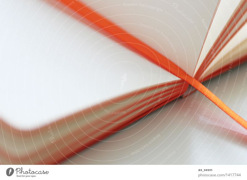 Seite für Seite weiß ruhig Schule hell orange Design Freizeit & Hobby ästhetisch leer Kreativität Beginn Buch Papier lesen Bildung schreiben