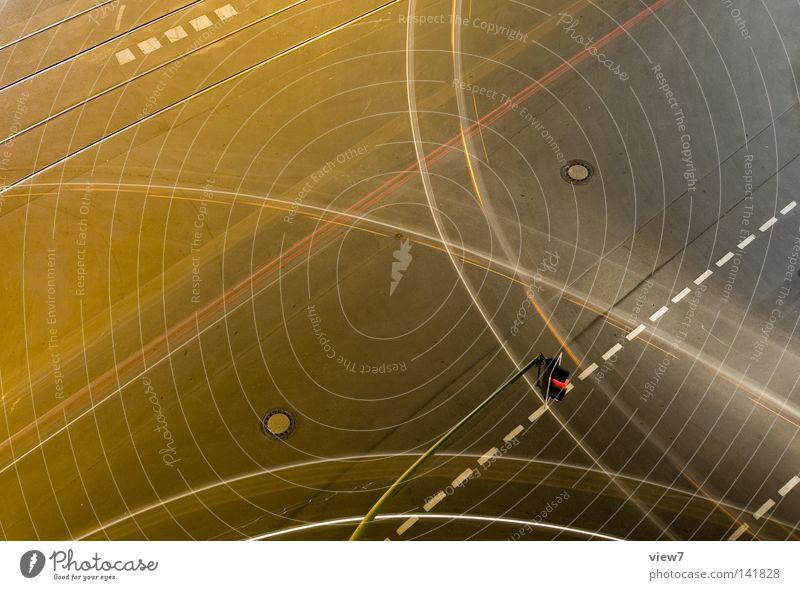 Verkehrsspur oben Luft Beton hoch Geschwindigkeit fahren Güterverkehr & Logistik Ziel Spuren unten Verkehrswege führen Richtung Abenddämmerung Ampel