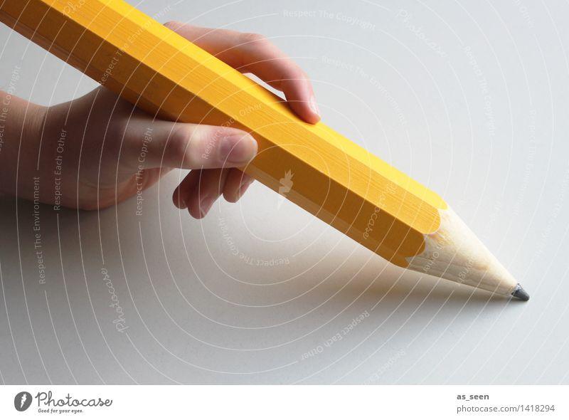 Meinungsfreiheit Farbe Hand gelb Kunst außergewöhnlich Freiheit Schlagwort Schriftzeichen Kreativität groß Spitze Finger Kultur malen Zeichen festhalten
