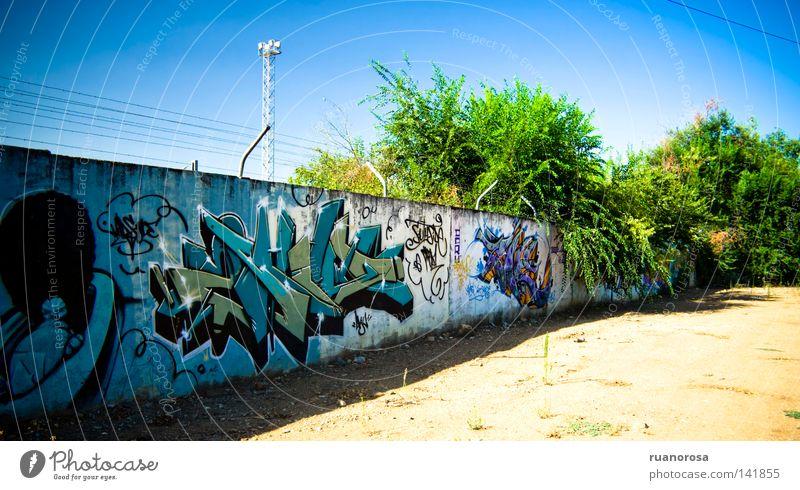 Graff Himmel Baum blau Farbe Wand Mauer Sand Graffiti Kunst Boden Buchstaben Gemälde Spray Kunsthandwerk Muster