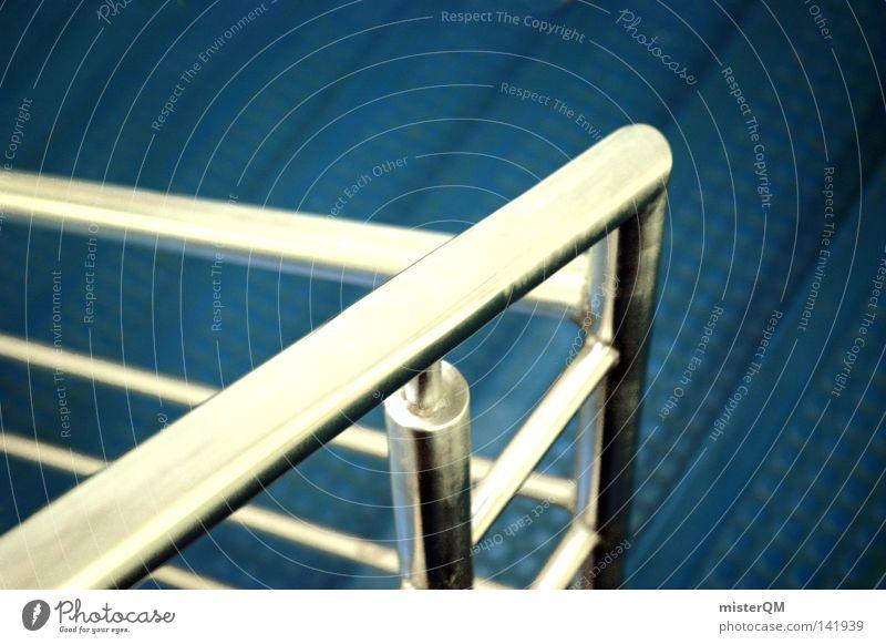 Metallic Blue. blau Haus dunkel Architektur Wege & Pfade grau außergewöhnlich gehen hell Metall Wasserfahrzeug springen Treppe modern laufen Geschwindigkeit