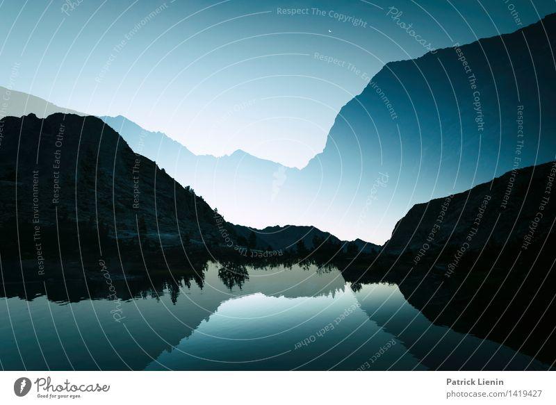 Berge versetzen Himmel Natur Ferien & Urlaub & Reisen Sommer Erholung Landschaft ruhig Ferne Berge u. Gebirge Umwelt Küste Freiheit See Felsen Wetter