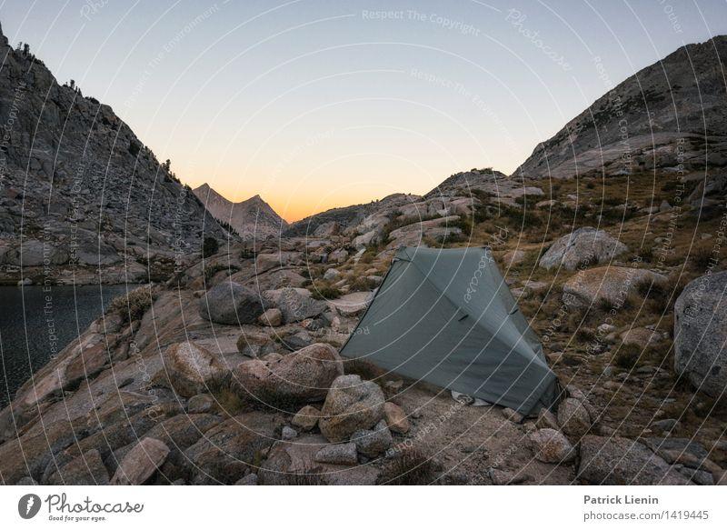Zelt in den Bergen Himmel Natur Ferien & Urlaub & Reisen Sommer Sonne Ferne Berge u. Gebirge Umwelt Freiheit Felsen Wetter Erde wandern Ausflug Klima