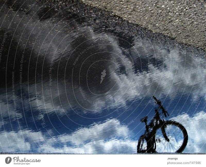 I like my bike Himmel Wasser Sommer Wolken Straße Fahrrad nass stehen fahren Asphalt Spiegel parken unklar Mountainbike Fahrradtour Radrennen