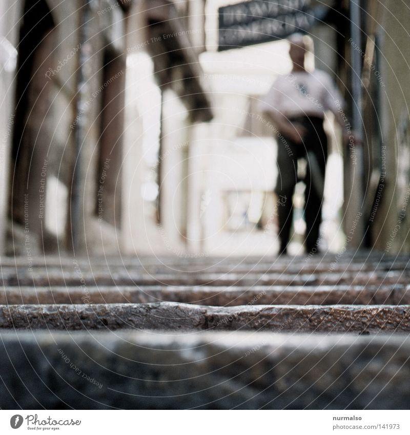 here nothing reflects 2 (for him) Stock Treppe unten abwärts schwierig dunkel blind Bürgersteig Wege & Pfade vorwärts gehen Einsamkeit Fußweg Mensch