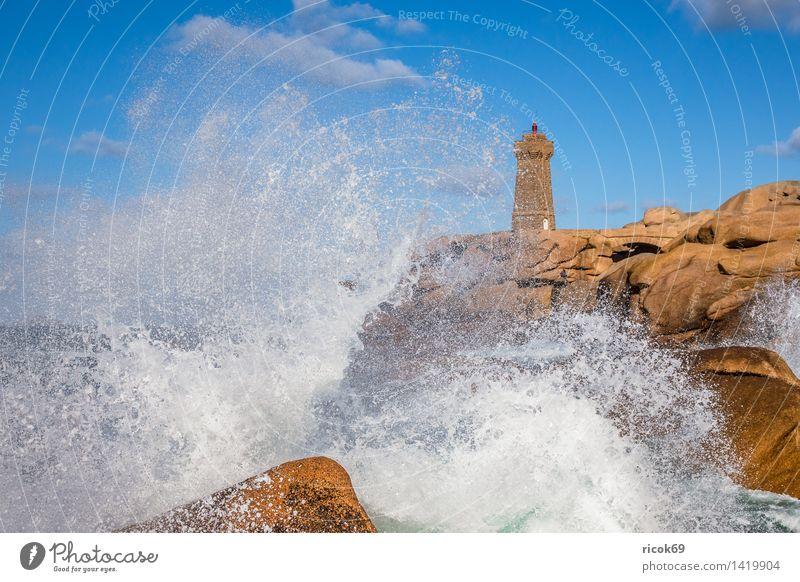 Atlantikküste in der Bretagne Erholung Ferien & Urlaub & Reisen Natur Landschaft Felsen Küste Leuchtturm Sehenswürdigkeit Stein Tourismus Phare de Mean Ruz