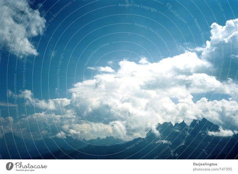 Wollkenwallis Himmel blau Wolken Berge u. Gebirge Freiheit Schweiz Alpen Kanton Wallis