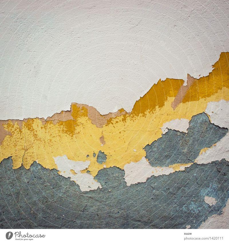Strukturwandel Mauer Wand Fassade alt authentisch dreckig einfach kaputt trist trocken gelb grau Desaster Krise Kunst Qualität stagnierend Verfall Vergangenheit