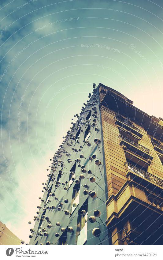 Aufsehen Lifestyle Stil Design Tourismus Städtereise Arbeitsplatz Kunst Kunstwerk Kultur Haus Bauwerk Gebäude Architektur Mauer Wand Fassade Sehenswürdigkeit