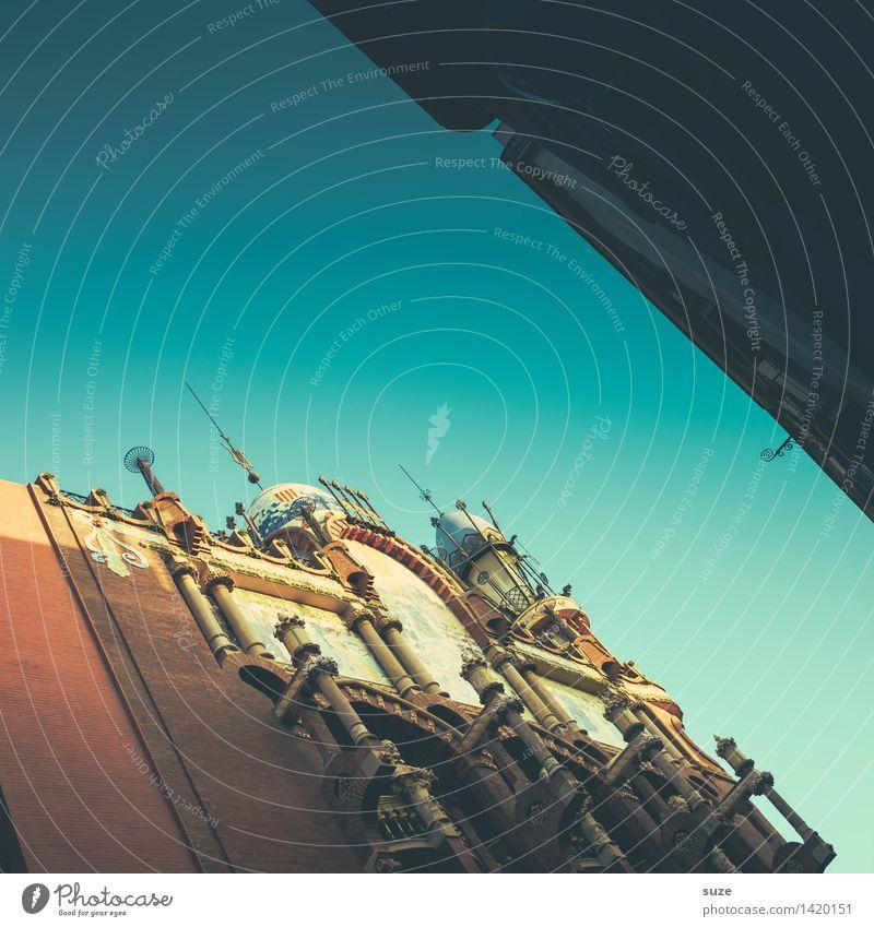Schräger Ton Ferien & Urlaub & Reisen alt Haus Architektur Lifestyle Stil Gebäude Kunst Tourismus Fassade Dekoration & Verzierung ästhetisch Musik Europa Kultur