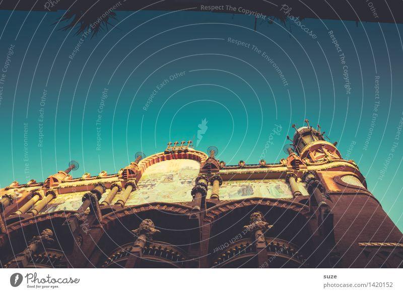 Hier spielt die Musik. Ferien & Urlaub & Reisen alt Haus Architektur Lifestyle Stil Gebäude Kunst Tourismus Fassade Europa Kultur historisch Sehenswürdigkeit