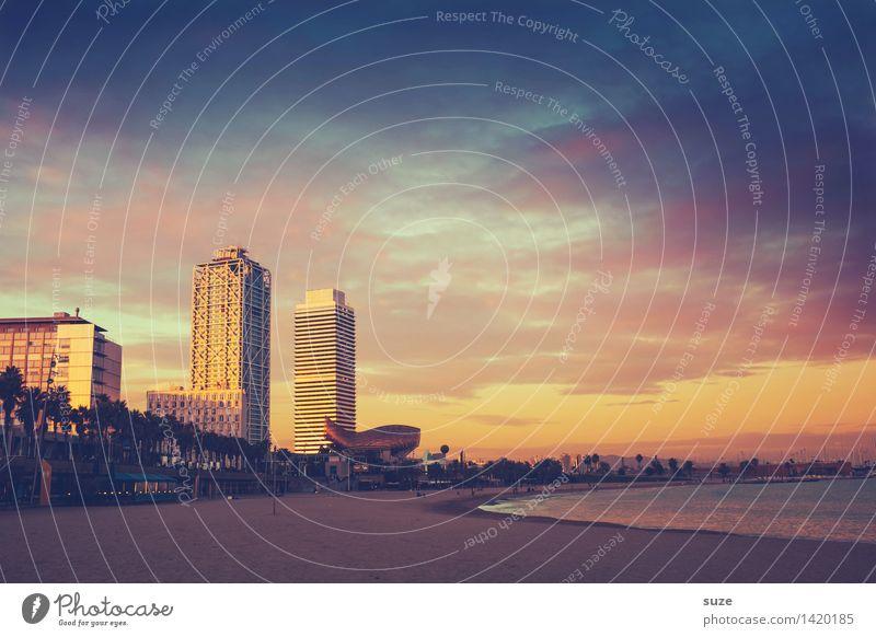 Sunset Himmel Ferien & Urlaub & Reisen Stadt Sommer Meer Strand Architektur Gefühle Küste Lifestyle Stimmung Hochhaus fantastisch Europa Romantik Unendlichkeit