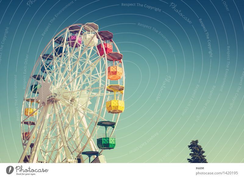 Kreisverkehr Himmel blau schön Freude Spielen Glück Tourismus Freizeit & Hobby Geburtstag Fröhlichkeit groß Platz Europa Lebensfreude Kultur Schönes Wetter