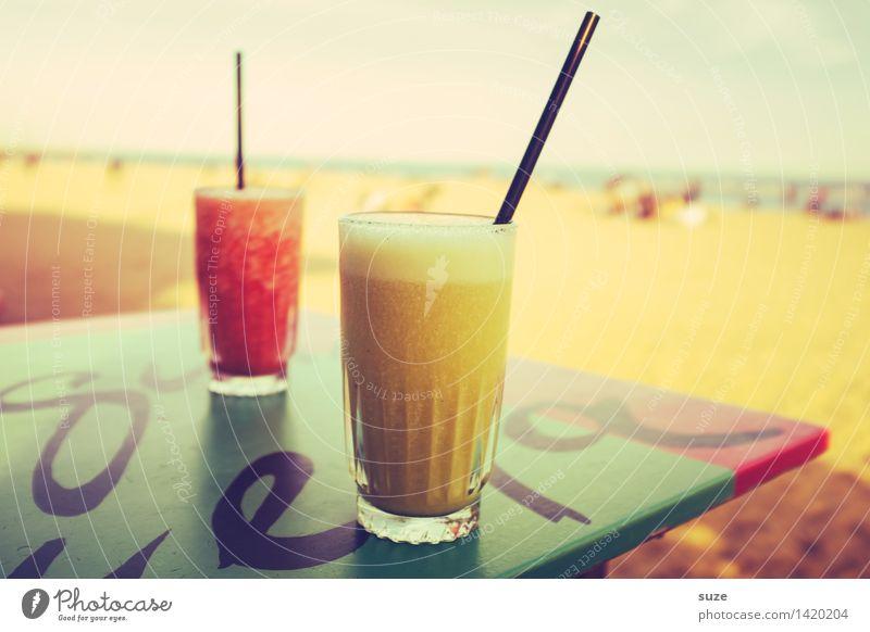 Offline Ferien & Urlaub & Reisen Sommer Meer Erholung Freude Strand Lifestyle Party Sand Zufriedenheit Idylle Glas retro Coolness Getränk trinken