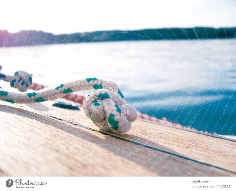 Starnberg Flaute Segel Konto See blau Wasser Horizont ruhig Spielen Holzdeck