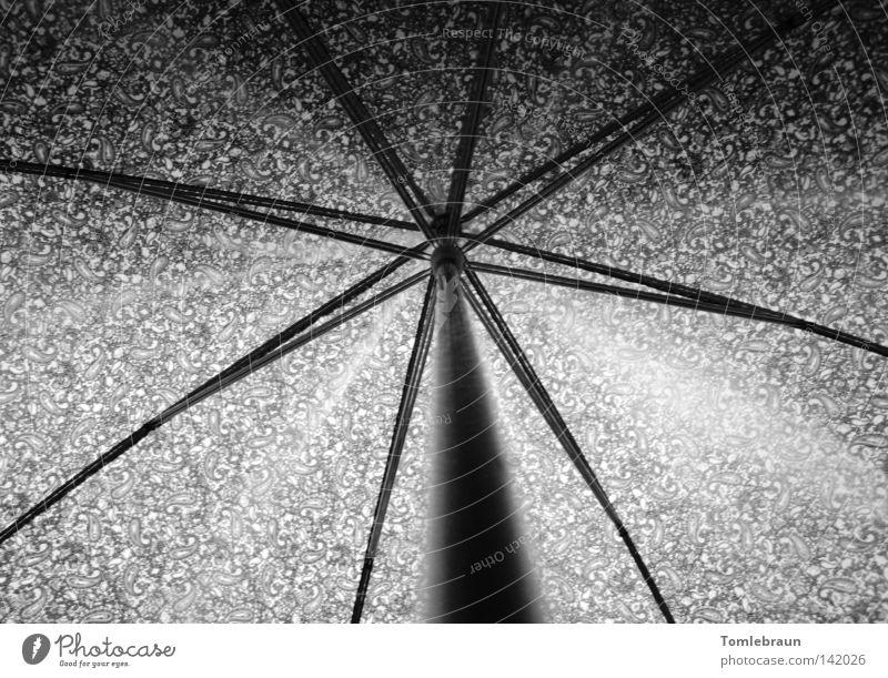 Umbrella Regenschirm Muster Schatten Stab Schirm Licht Stern (Symbol) Kunst Kunsthandwerk Schwarzweißfoto Gewitter