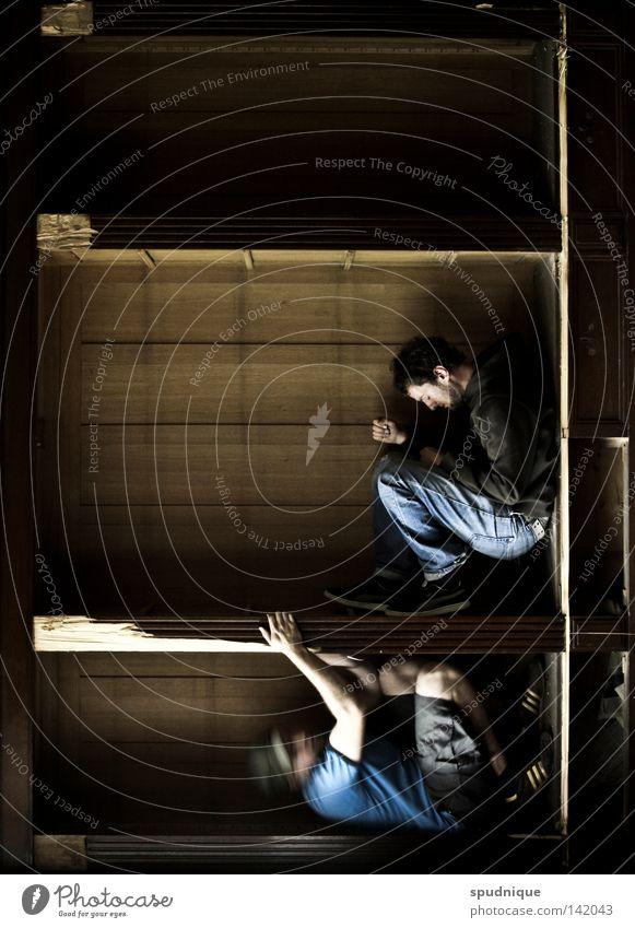 Doppelter Boden Freude Wand Holz Erde Angst sitzen Ecke Quadrat Holzbrett hängen Geometrie Panik Schwäche Justizvollzugsanstalt Rechteck Schrank