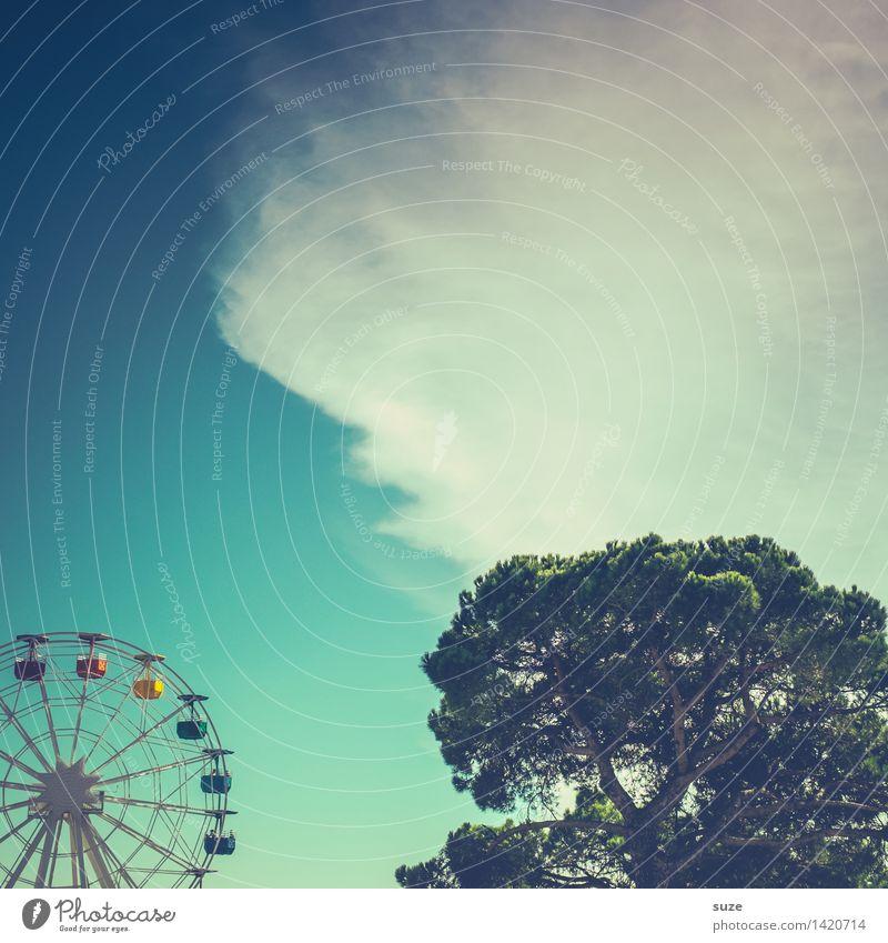 Luftfahrt Himmel blau schön Baum Freude Spielen Glück Tourismus Freizeit & Hobby Geburtstag Europa Fröhlichkeit Kultur Platz groß Schönes Wetter