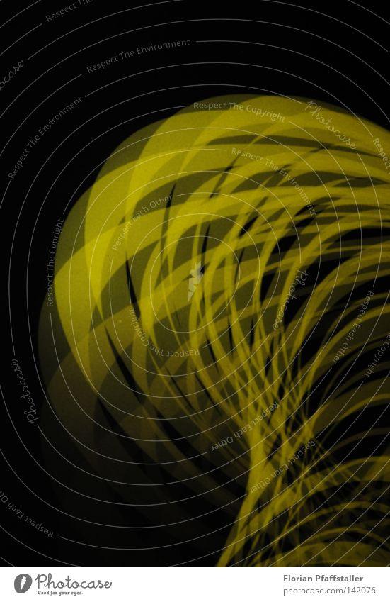 connecting lights Licht hell Lightshow Verbindung Verbindungstechnik verbinden greifen gelb durchsichtig Transparente überlagert Ebene Geometrie Hintergrundbild