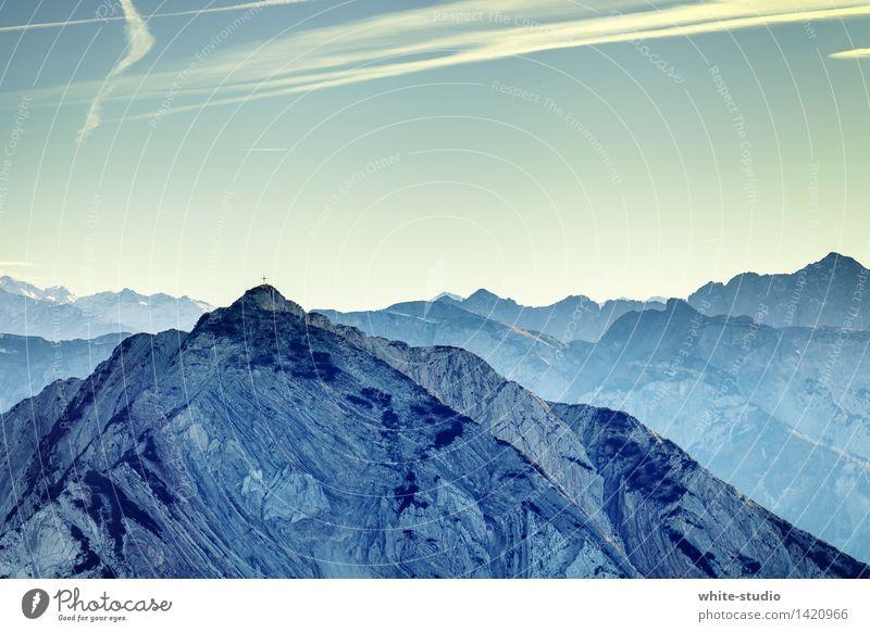 Gipfelstürmer Himmel Natur Ferien & Urlaub & Reisen Pflanze Landschaft Wolken Winter Berge u. Gebirge Umwelt Sport Tourismus wandern Aussicht Lebensfreude