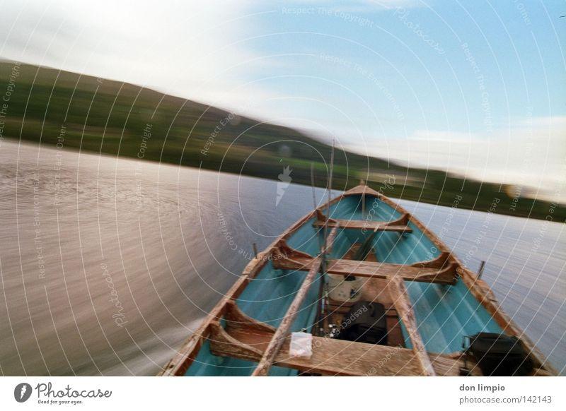 der Raser Wasserfahrzeug See Connemara Weitwinkel analog Schifffahrt Insel move lough-corrib cong Republik Irland ebv statif 2sec