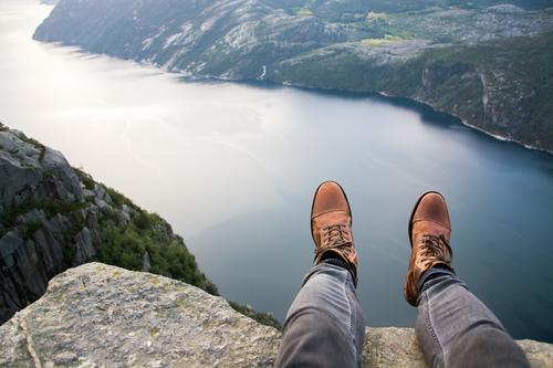 Norwegen XIII - Preikestolen Ferien & Urlaub & Reisen Ausflug Abenteuer Ferne Freiheit Mensch maskulin Beine Fuß 1 Umwelt Natur Landschaft Hügel Felsen