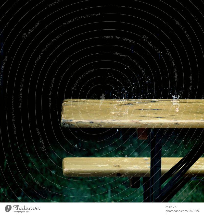 Sommerwetter Farbfoto Gedeckte Farben Detailaufnahme Textfreiraum oben Tag Licht Schatten Kontrast Reflexion & Spiegelung Totale Lifestyle Freude Feste & Feiern