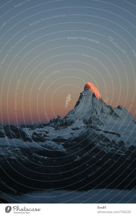 Early Bird am Matterhorn Ferien & Urlaub & Reisen Schnee Berge u. Gebirge Tourismus Schweiz